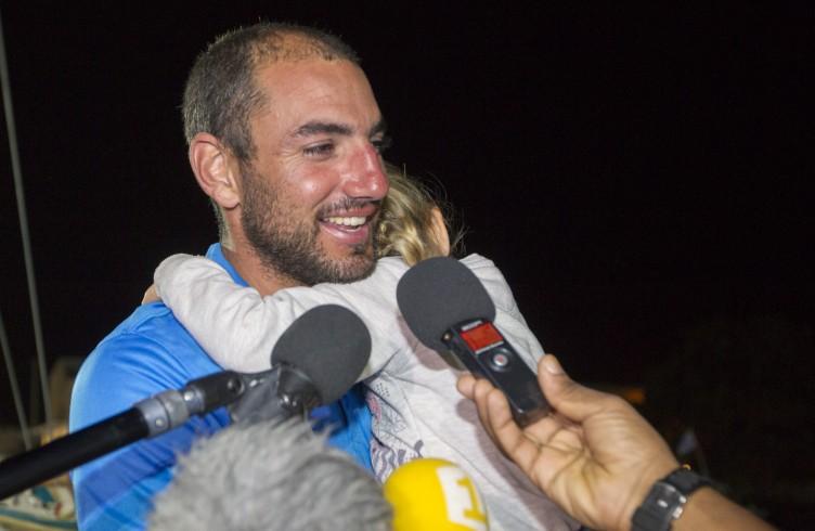 Didac Costa pourrait repartir mercredi après changement de pièces — Vendée Globe