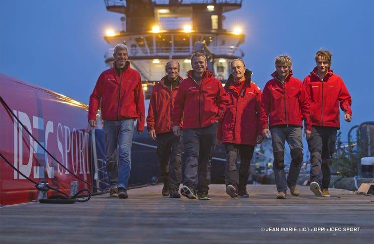 record, tentative, Decembre, tour du monde, circumnavigation, équipage, crew, Brest, trimaran, multicoque, multihull